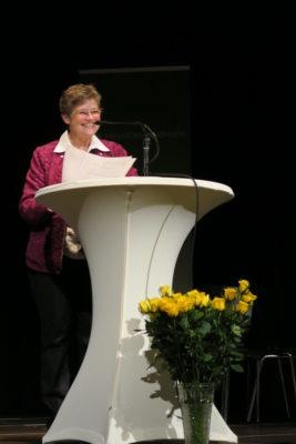 Image for 2015 – Über-Macht und Würde